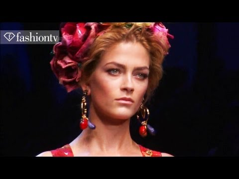 runway - http://www.FTV.com/videos MILAN - Just about every Italian celebrity was in the front row for the Dolce & Gabbana Spring/Summer 2012 collection show and why ...