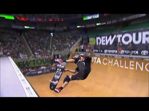 Shaun White skateboard in slow motion
