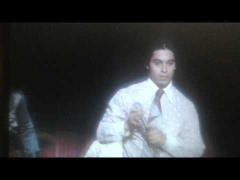 Fez singing - That 70s Show season 6 ep. 7