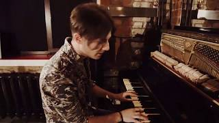 Метро романтика - новый клип группы Сергея Вертинского
