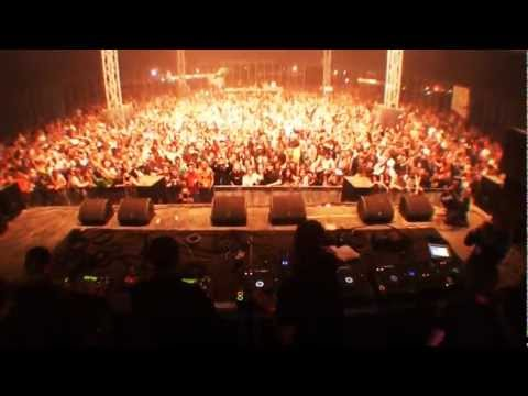 the crystal method - The Dirtyphonics are back with a video covering their recent summer tour across various countries/festivals with their brand new remix of Play For Real by Th...