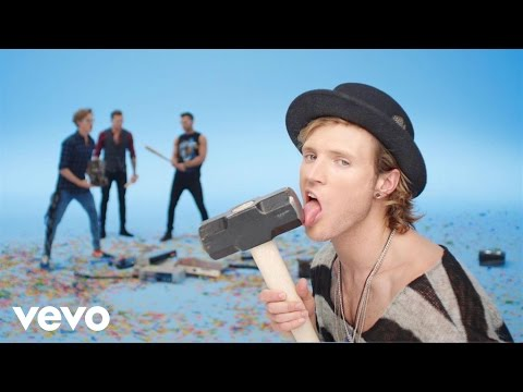 Tekst piosenki McFly - Love Is On The Radio po polsku