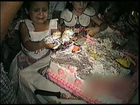 Cakes smashed