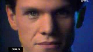 Marc Lavoine - Elle a Les Yeux Revolver - Lyrics - YouTube