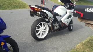 6. 2009 Kawasaki Ninja 250 vs 2002 Honda RC46 VFR Interceptor