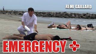 Ten gość jest po prostu niemożliwy! Remi kręci grube akcje jako lekarz!