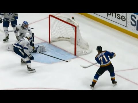 Video: Blues' Sobotka stunned after missing wide open net chance