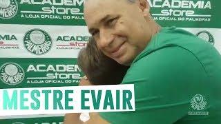 Uma aula de cobrança de pênalti com o mestre Evair.--------------------Assine o Premiere e assista a todos os jogos do Palmeiras AO VIVO, em qualquer lugar, na TV ou no Premiere Play: http://bit.ly/1myhErs E se você já assina, participe da pesquisa e diga que seu time é o Palmeiras: http://bit.ly/2ad5HJo------------------------Seja Sócio Avanti, com desconto em ingressos e privilégios exclusivos! Clique aqui: http://bit.ly/1uKJsbA