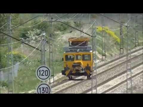 ADIF - Dresina amarilla 020 de electrificacion en Santa Olalla de Bureba