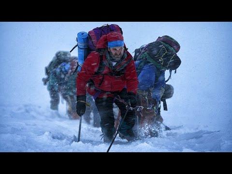 Трип: День 9, 10 - на Эльбрусе. Первая встреча с горной болезнью на 4800 метрах.