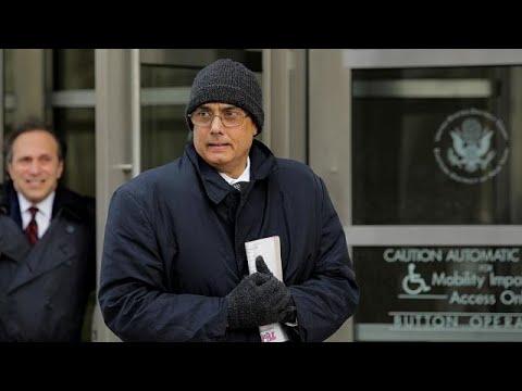 Σκάνδαλο FIFA: Μία απαλλαγή και δύο καταδίκες αποφάσισε δικαστήριο της Ν.Υόρκης…