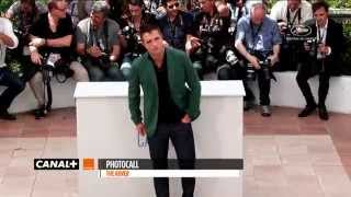 Cannes 2014 - Robert Pattinson THE ROVER - Photocall - YouTube