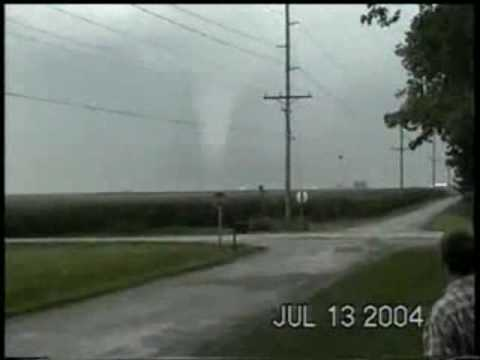 THE MOST AWESOME TORNADO FOOTAGE EVER!!! Roanoke part 3