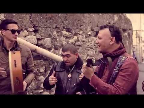 Guru (videoclip uffici