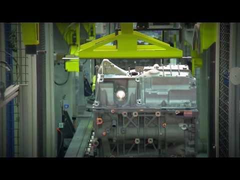 BMW - Magna Steyr  Plant - Diesel engine Assembly (видео)