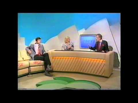 tsw - A clip from TSW today in 1988 presented by Sue King and John Doyle an interesting point to note is the TSW branding over the front and end titles and the set...