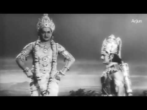 Video Sri Krishnavataram - Sri Krishna Geethopadesam to Arjuna - NTR, RamaKrishna download in MP3, 3GP, MP4, WEBM, AVI, FLV January 2017