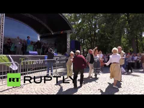 Russia: St. Petersburg enjoys White Night Swing jazz festival