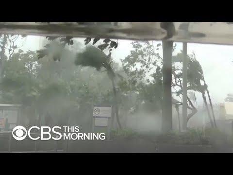 Fierce Typhoon Mangkhut tears through Hong Kong