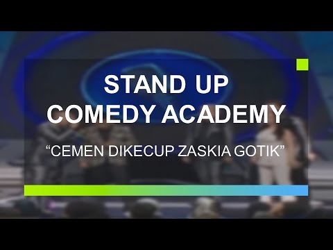 Cemen Sujud Usai Dikecup Zaskia Gotik (Stand Up Comedy Academy Grand Final)