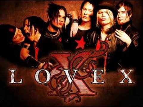 Tekst piosenki Lovex - Bleeding po polsku