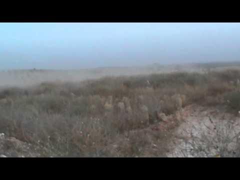 حماة : الريف الشمالي : مكان سقوط احدى قذائف الدبابات بالقرب من رباط المجاهدين
