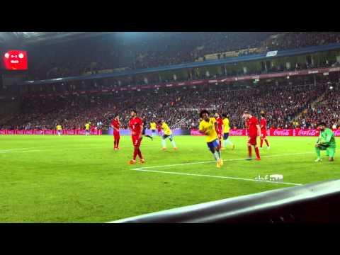 Brasil goleia por 4 a 0, e torcedor turco aplaude dentro do seu caldeir�o