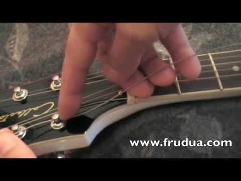 How to change strings – restring your guitar – mount strings