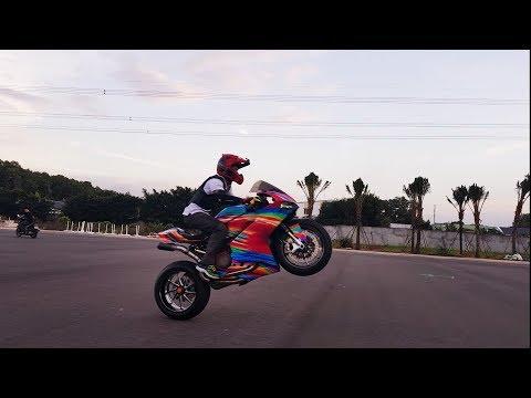 Hướng Dẫn Bốc Đầu Xe Motor 600, Ducati Panigale,MSX - VietTuanGC Stunter84 (видео)