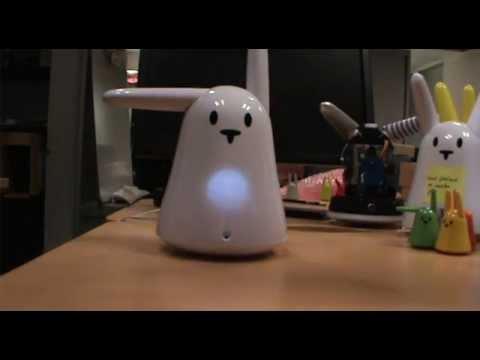0 La vidéo du vendredi (un jeudi !) : un mini jeu Karotz chante Daft Punk pour les fêtes de Noël !