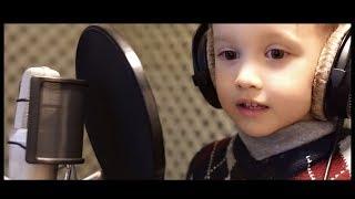 Ayan in studio la 3 ani.