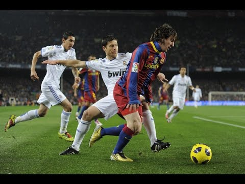 Lionel Messi ● Runs and Dribbling Skills ● 2010-2011 (видео)
