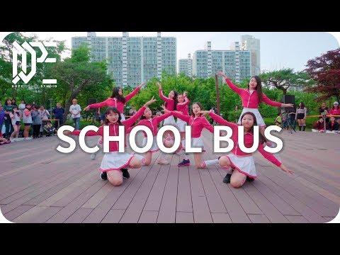 SCHOOL BUS l 2019 DOPE DANCE STUDIO l BUSKING SHOW !