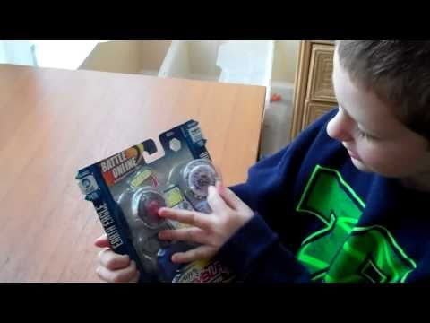 Unboxing Beyblades