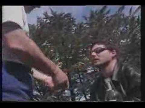 Chopper - Chopper Reid talks to Eric Bana in a pre-production discussion about how Mark came to cut his ears off.