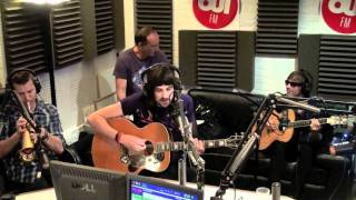 "Kasabian ""Days Are Forgotten"" - Acoustic Session @ OUIFM"