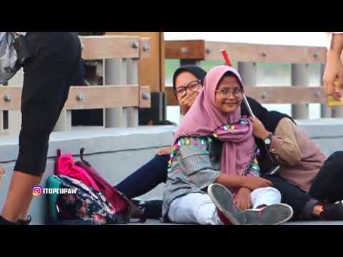 Video PRANK PAKE CELANA KETAT Di depan ORANG  - Prank Indonesia download in MP3, 3GP, MP4, WEBM, AVI, FLV January 2017