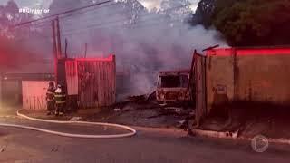 Casa pega fogo no bairro Votocel em Votorantim
