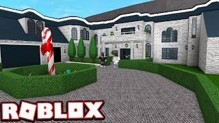 The $500,000 HOLIDAY MANSION!!!   Subscriber Tours (Roblox Bloxburg)