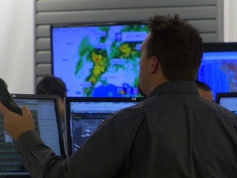 jetblue - Airlines have a tough job of keeping everything on schedule, and bad weather makes that job even harder. CBS News travel editor Peter Greenberg reports from ...