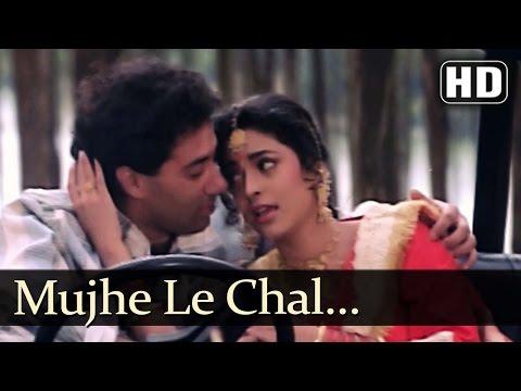 Video Mujhe Le Chal Mandir - Lootere Song - Juhi Chwala - Sunny Deol - Alka Yagnik download in MP3, 3GP, MP4, WEBM, AVI, FLV January 2017