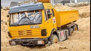 RC heavy load trucks work hard and Mercedes SK stuck!
