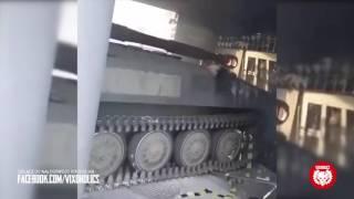 Курва на танке попыталась въехать в ночной клуб