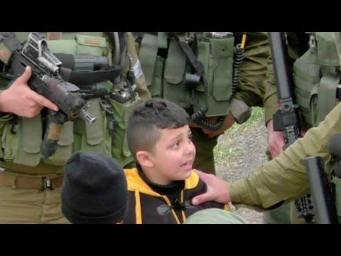 Izraelscy żołnierze ciągnęli palestyńskiego ośmiolatka bez butów od domu do domu – materiał wideo z Hebronu