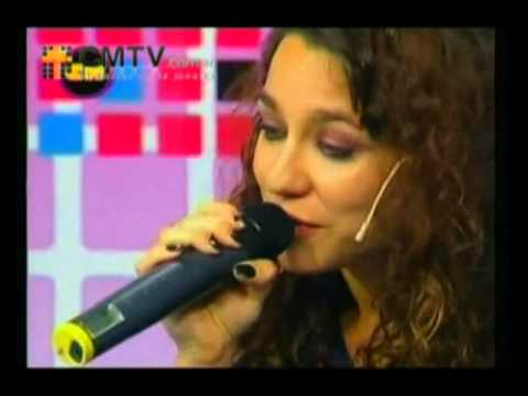 Daniela Herrero video Seguir viviendo sin tu amor - Estudio CM 2013