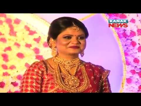 Video Ollywood Lover Boy Arindam Roy Tied Knot With Energy Min's Sister download in MP3, 3GP, MP4, WEBM, AVI, FLV January 2017