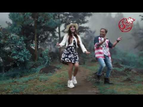 Download Lagu NELLA KHARISMA - JUDUL JUDULAN [ALBUM SAKURA RECORD INDONESIA] Music Video