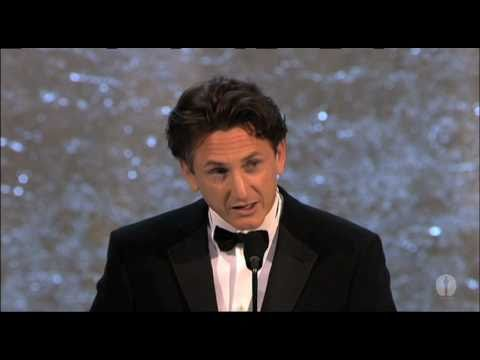 Sean Penn Wins Best Actor: 2004 Oscars