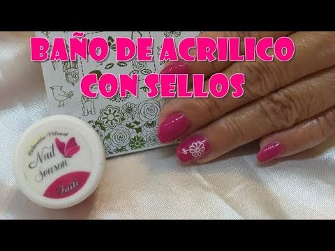 Uñas decoradas - Baño de acrilico sobre uña natural diseño con sellos de H la cosedora