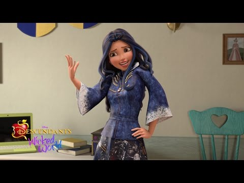 All Hail the New Q.N.L.B. | Episode 13 | Descendants: Wicked World